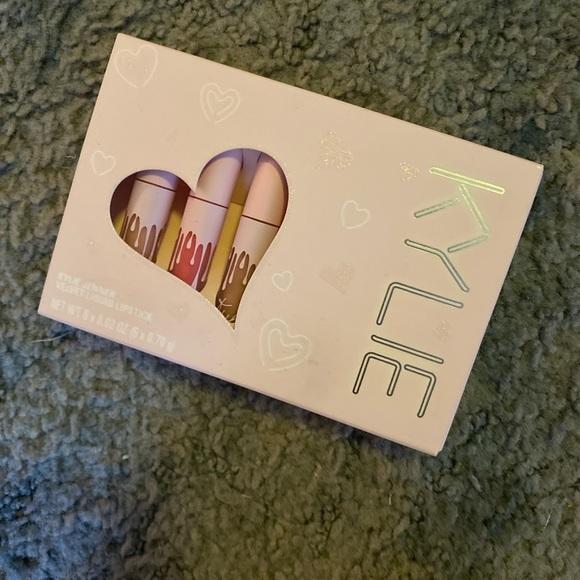 Kylie Cosmetics birthday Velvet mini liquid lip
